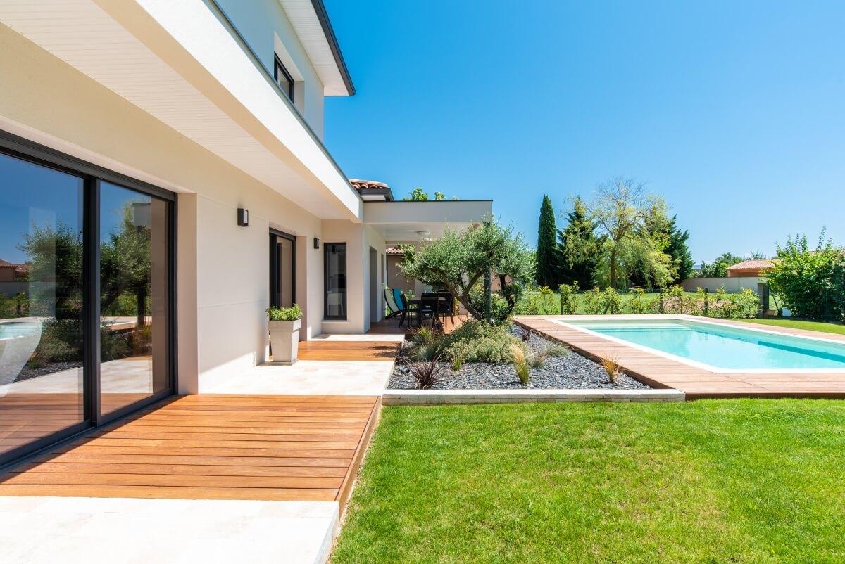 Maison contemporaine toulouse - terrasse et extérieur