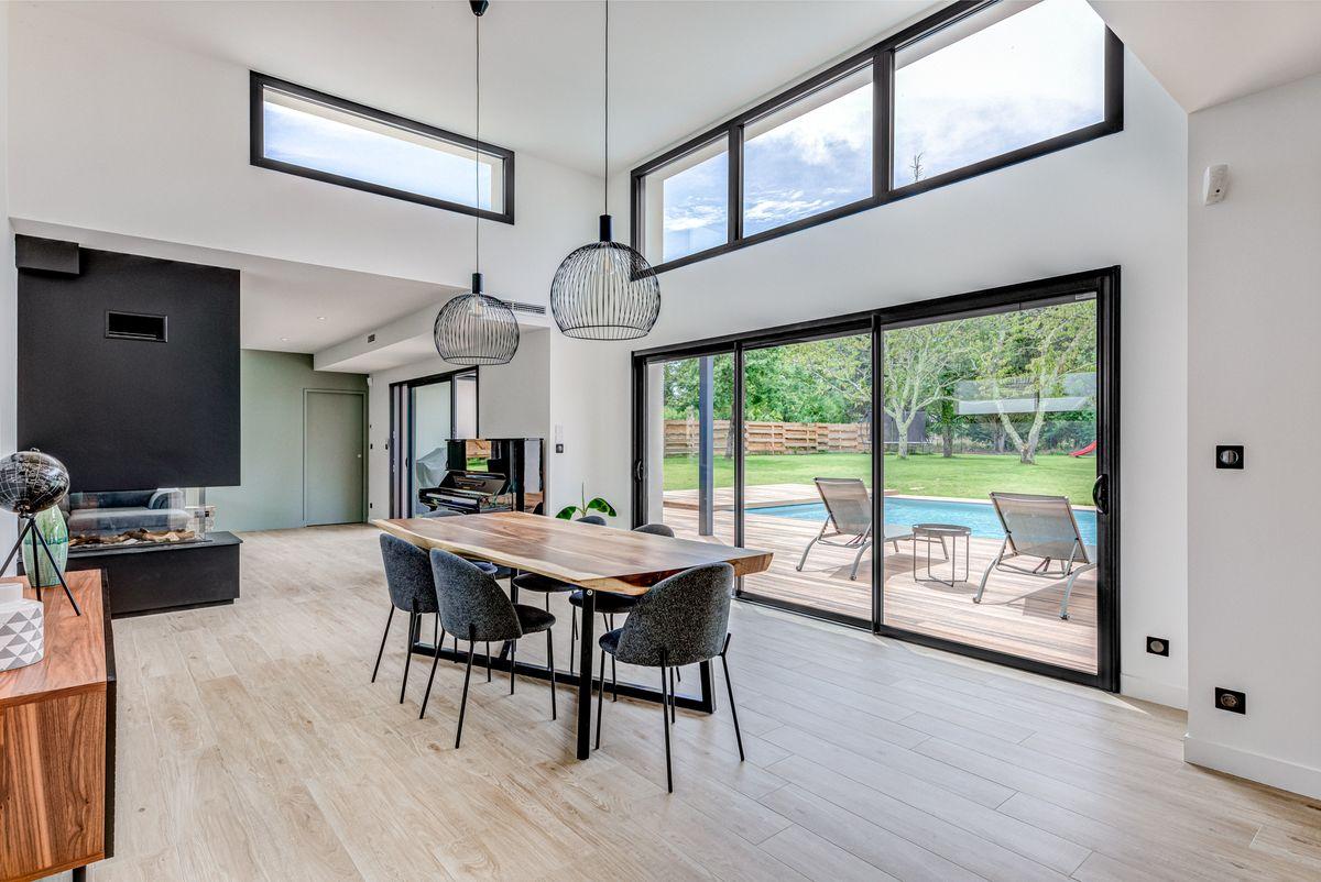 Maison individuelle toulouse - contemporaine - baies vitrée - séjour déco